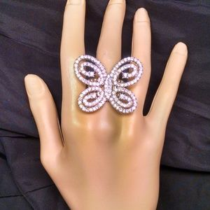 Jewelry - Gorgeous Rare Butterfly Rhinestones Sexy Ring
